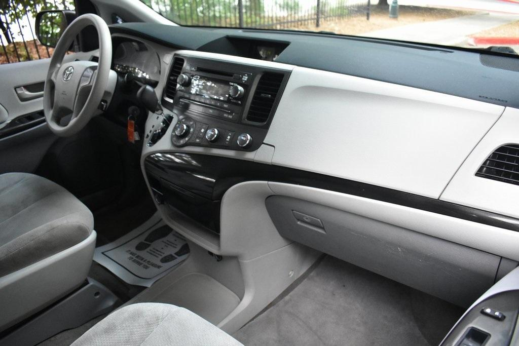 Used 2013 Toyota Sienna L   Sandy Springs, GA