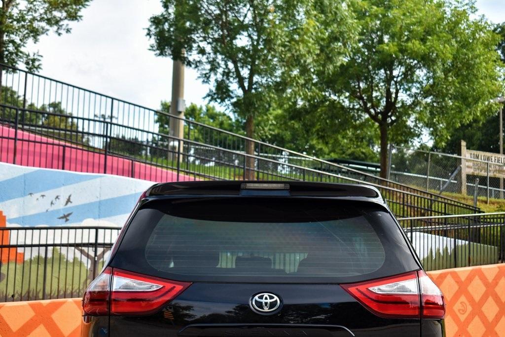 Used 2017 Toyota Sienna L | Sandy Springs, GA