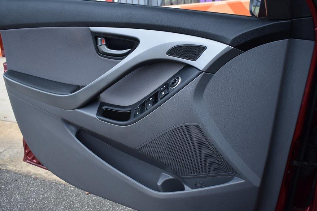 Used 2015 Hyundai Elantra SE | Sandy Springs, GA