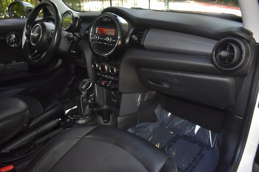 Used 2015 MINI Cooper Base | Sandy Springs, GA
