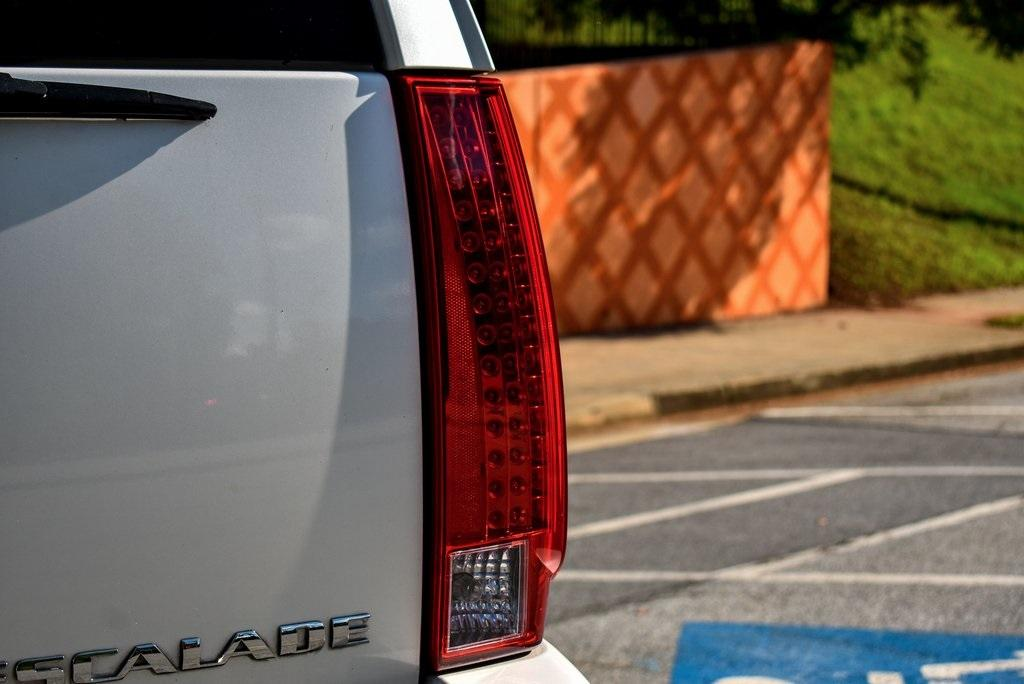 Used 2013 Cadillac Escalade Base   Sandy Springs, GA