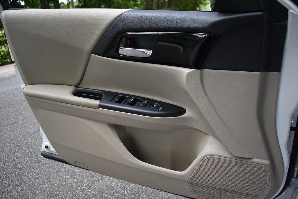 Used 2017 Honda Accord LX   Sandy Springs, GA