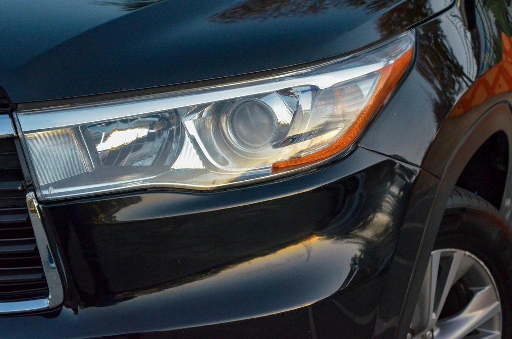 Used 2015 Toyota Highlander XLE V6   Sandy Springs, GA