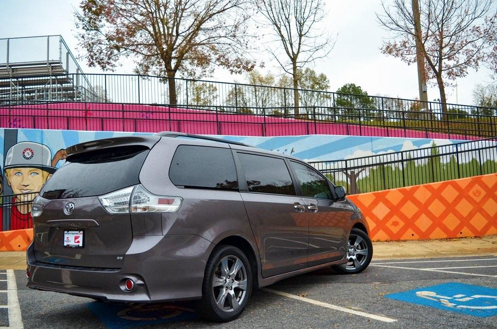 Used 2017 Toyota Sienna SE | Sandy Springs, GA