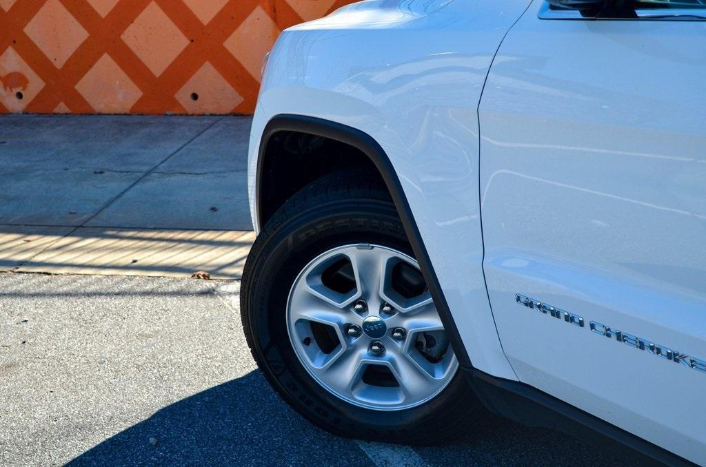 Used 2015 Jeep Grand Cherokee Laredo   Sandy Springs, GA