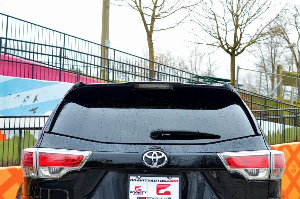 Used 2016 Toyota Highlander LE V6 | Sandy Springs, GA