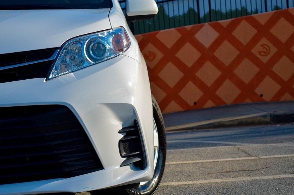 Used 2020 Toyota Sienna LE | Sandy Springs, GA