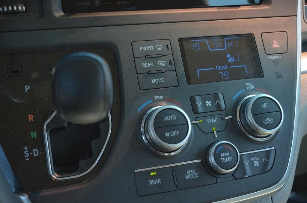 Used 2016 Toyota Sienna LE | Sandy Springs, GA