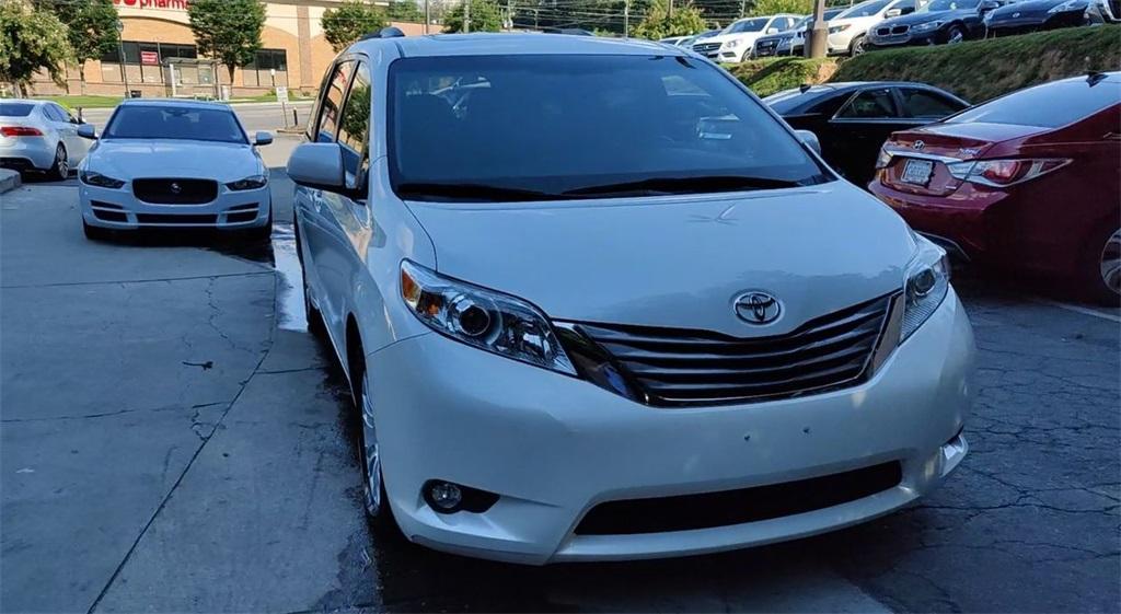 Used 2016 Toyota Sienna XLE   Sandy Springs, GA