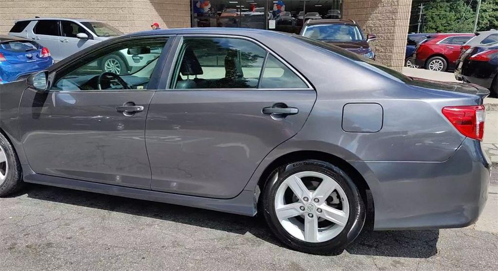 Used 2013 Toyota Camry SE | Sandy Springs, GA