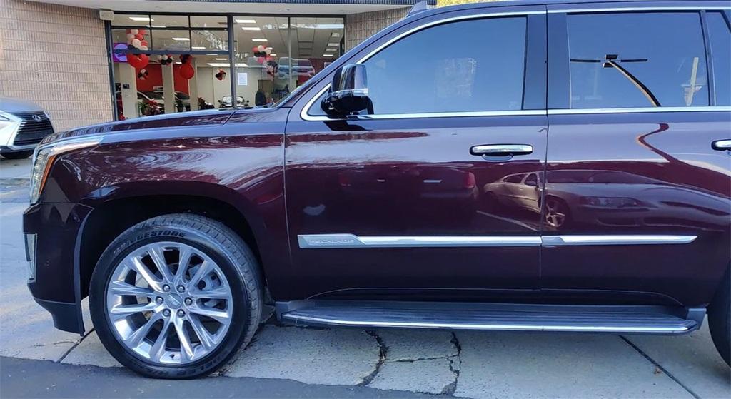 Used 2017 Cadillac Escalade Luxury   Sandy Springs, GA