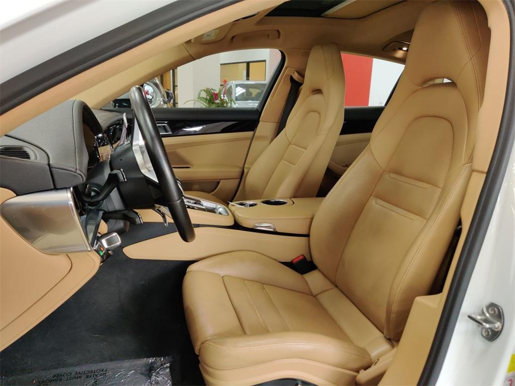 Used 2017 Porsche Panamera  | Sandy Springs, GA