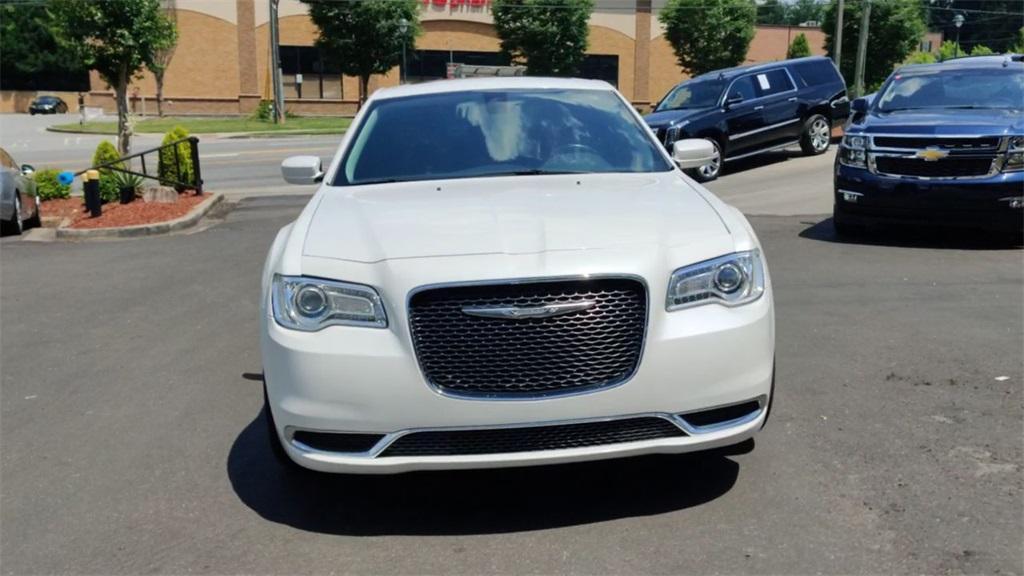Used 2016 Chrysler 300 Limited   Sandy Springs, GA