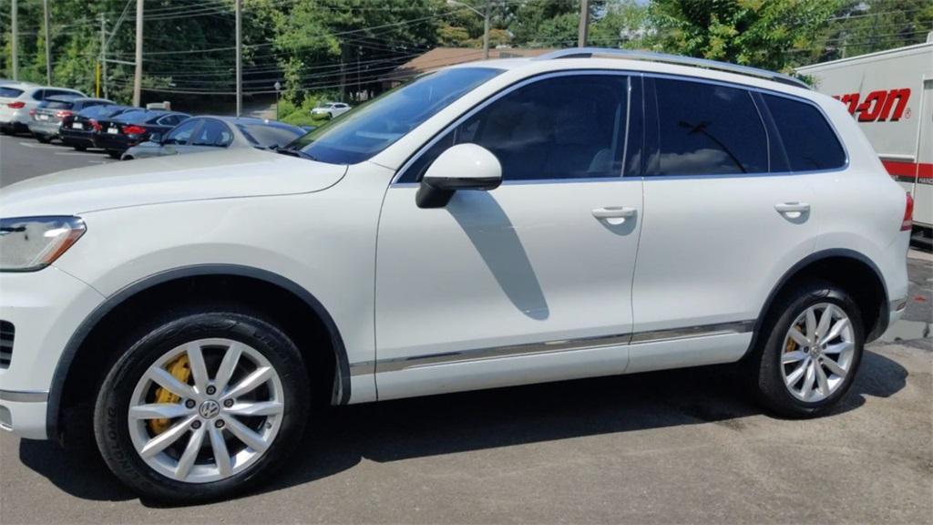 Used 2016 Volkswagen Touareg  | Sandy Springs, GA