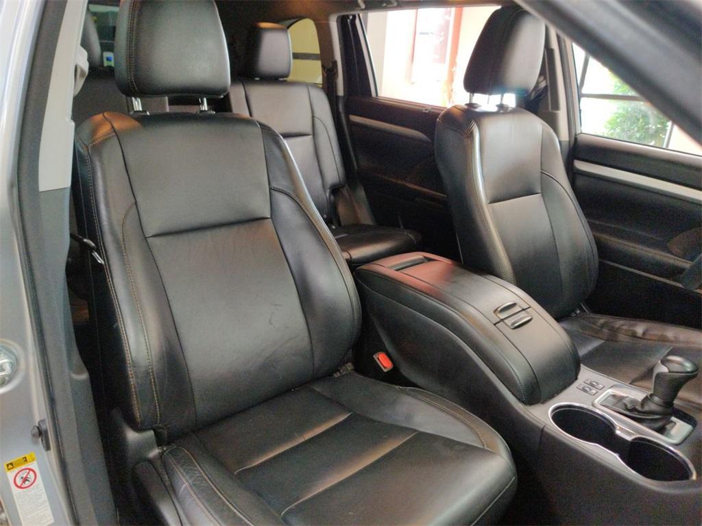 Used 2016 Toyota Highlander XLE V6 | Sandy Springs, GA