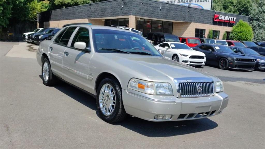 Used 2010 Mercury Grand Marquis    Sandy Springs, GA
