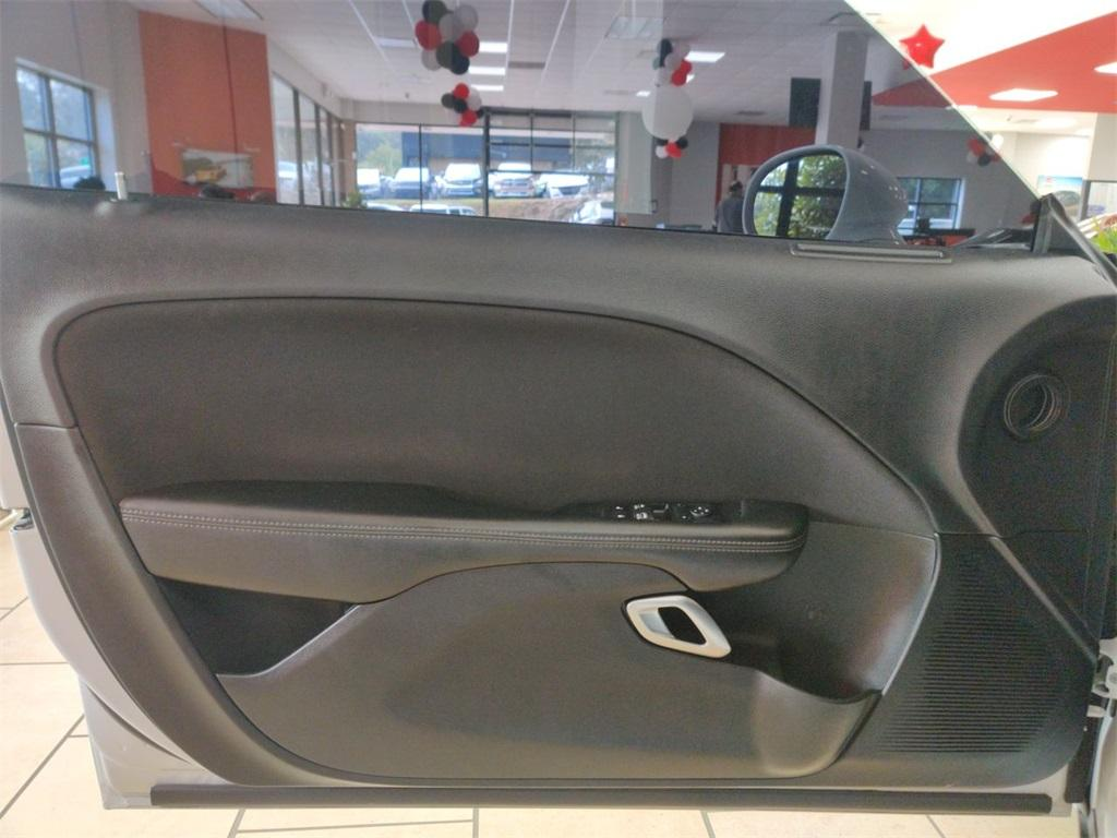 Used 2017 Dodge Challenger SXT   Sandy Springs, GA