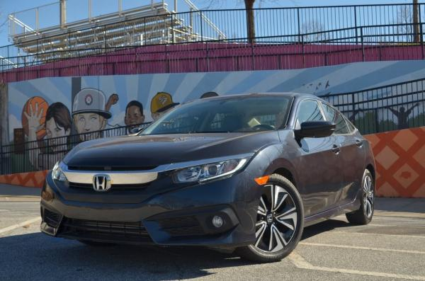 Used 2018 Honda Civic EX-T for sale $19,773 at Gravity Autos in Roswell GA 30076 1