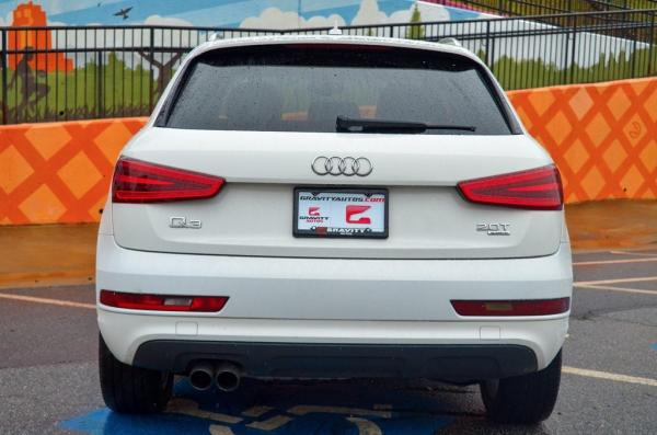 Used 2015 Audi Q3 2.0T Premium Plus for sale Sold at Gravity Autos in Roswell GA 30076 4
