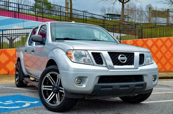 Used 2015 Nissan Frontier SV for sale $16,895 at Gravity Autos in Roswell GA 30076 2