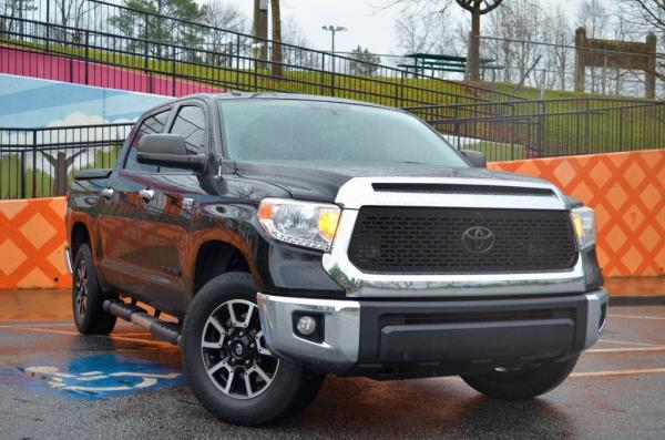 Used 2015 Toyota Tundra SR5 for sale $28,985 at Gravity Autos in Roswell GA 30076 2