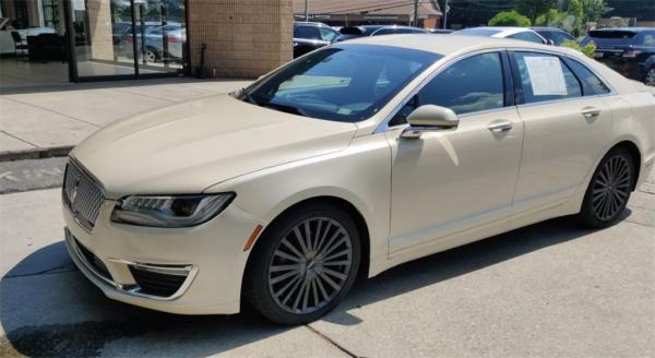 Used 2018 Lincoln MKZ Reserve for sale $24,985 at Gravity Autos in Roswell GA 30076 4