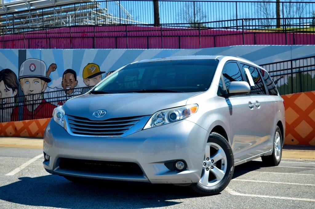 Used 2016 Toyota Sienna LE for sale $19,895 at Gravity Autos in Roswell GA 30076 1