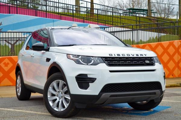 Used 2019 Land Rover Discovery Sport SE for sale $30,985 at Gravity Autos in Roswell GA 30076 2