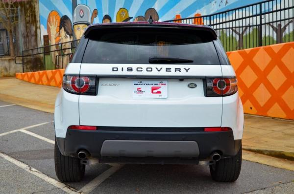 Used 2019 Land Rover Discovery Sport SE for sale $30,985 at Gravity Autos in Roswell GA 30076 4