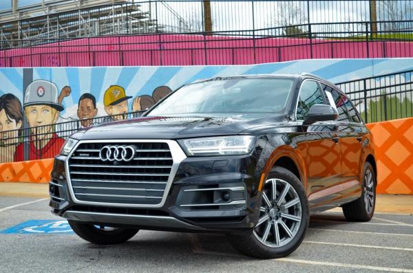Used 2017 Audi Q7 3.0T Prestige for sale $38,981 at Gravity Autos in Roswell GA 30076 1