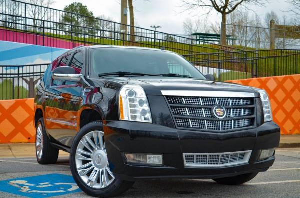 Used 2013 Cadillac Escalade Platinum Edition for sale $30,985 at Gravity Autos in Roswell GA 30076 2