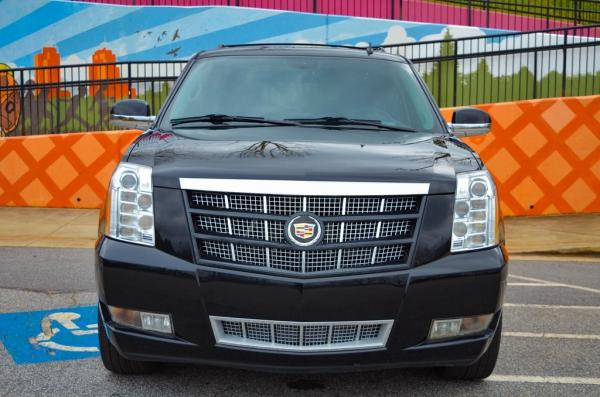 Used 2013 Cadillac Escalade Platinum Edition for sale $30,985 at Gravity Autos in Roswell GA 30076 3