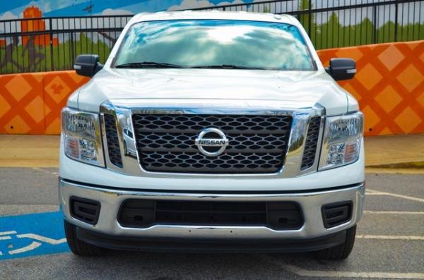 Used 2018 Nissan Titan SV for sale $25,931 at Gravity Autos in Roswell GA 30076 3