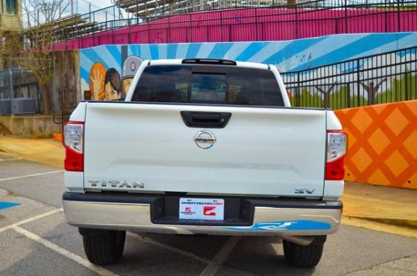 Used 2018 Nissan Titan SV for sale $25,931 at Gravity Autos in Roswell GA 30076 4