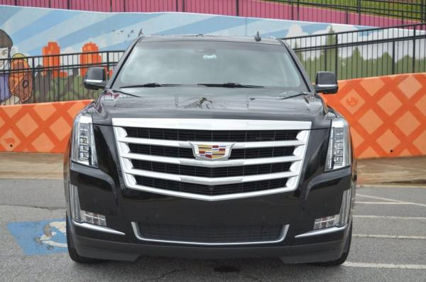 Used 2017 Cadillac Escalade Luxury for sale $44,985 at Gravity Autos in Roswell GA 30076 3