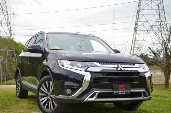 Used 2019 Mitsubishi Outlander SEL for sale $18,985 at Gravity Autos in Roswell GA 30076 2