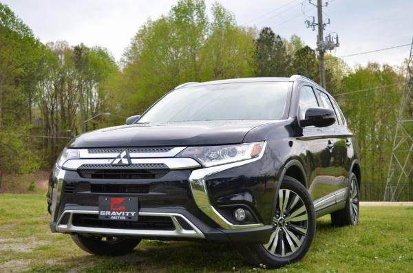 Used 2019 Mitsubishi Outlander SEL for sale $18,985 at Gravity Autos in Roswell GA 30076 1