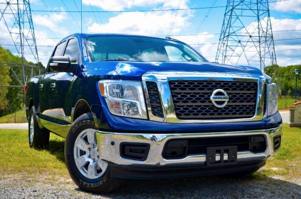 Used 2018 Nissan Titan SV for sale $26,985 at Gravity Autos in Roswell GA 30076 2