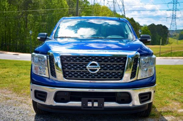 Used 2018 Nissan Titan SV for sale $26,985 at Gravity Autos in Roswell GA 30076 3