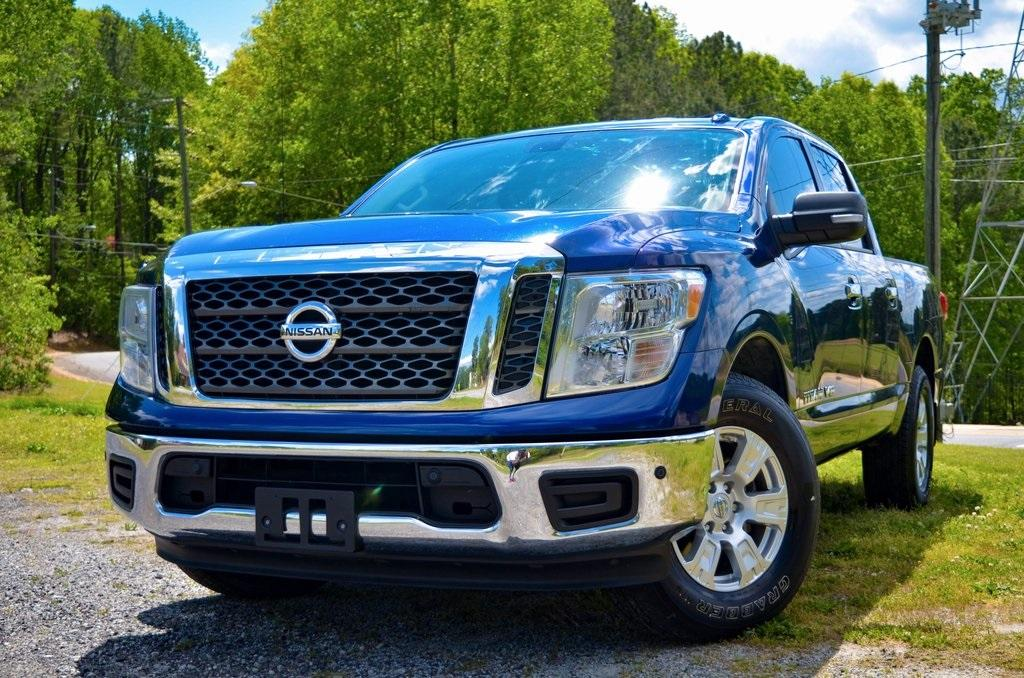 Used 2018 Nissan Titan SV for sale $26,985 at Gravity Autos in Roswell GA 30076 1