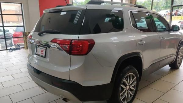 Used 2017 GMC Acadia SLE-2 for sale $19,985 at Gravity Autos in Roswell GA 30076 4
