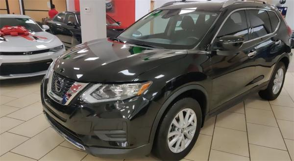 Used 2019 Nissan Rogue SV for sale Sold at Gravity Autos in Roswell GA 30076 4
