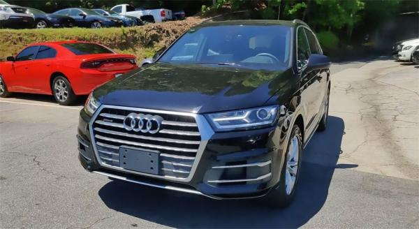 Used 2017 Audi Q7 2.0T Premium for sale Sold at Gravity Autos in Roswell GA 30076 4