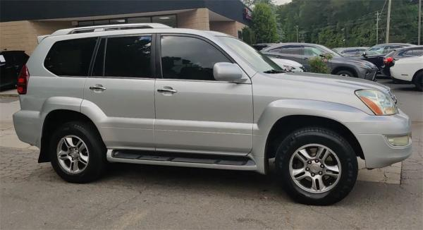 Used 2008 Lexus GX 470 for sale $11,995 at Gravity Autos in Roswell GA 30076 2