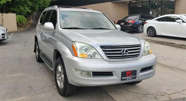 Used 2008 Lexus GX 470 for sale $11,995 at Gravity Autos in Roswell GA 30076 3