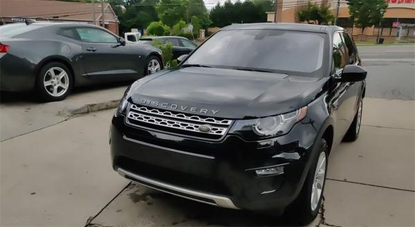 Used 2017 Land Rover Discovery Sport HSE for sale $25,985 at Gravity Autos in Roswell GA 30076 4