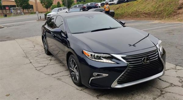 Used 2017 Lexus ES 350 for sale Sold at Gravity Autos in Roswell GA 30076 3