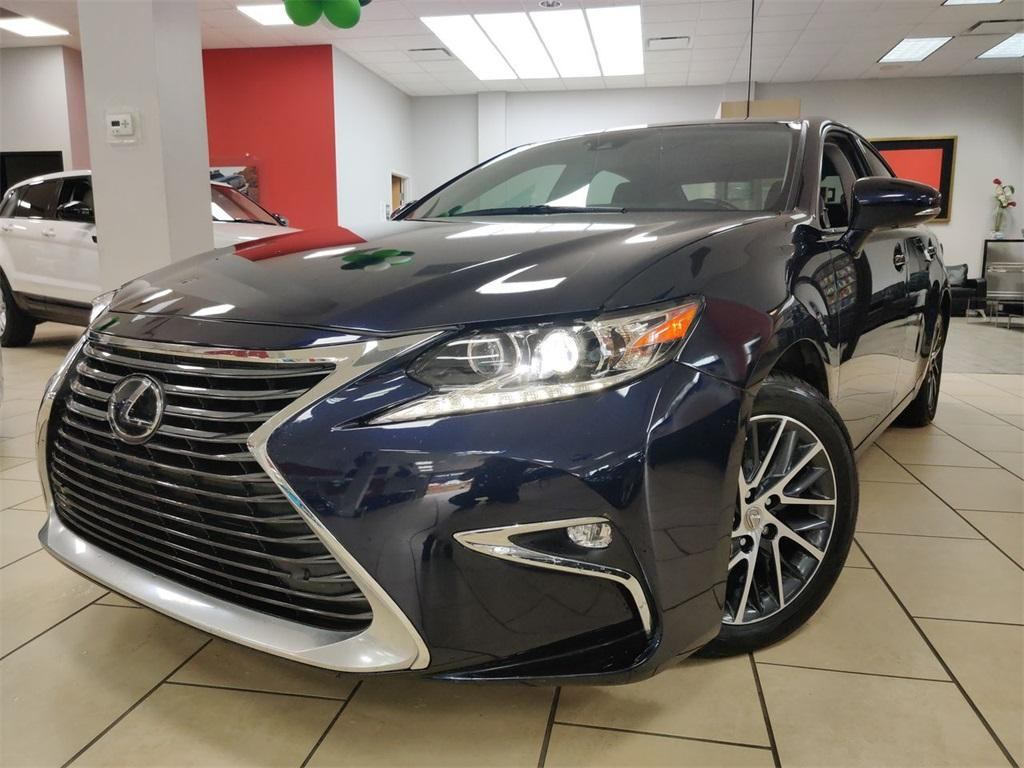 Used 2017 Lexus ES 350 for sale Sold at Gravity Autos in Roswell GA 30076 1
