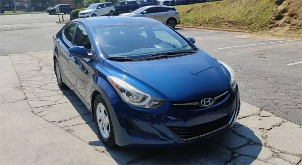 Used 2015 Hyundai Elantra SE for sale $9,395 at Gravity Autos in Roswell GA 30076 3